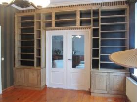 Bibliothek Esche - 1